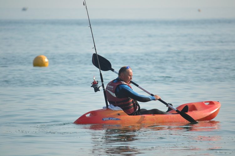 pesca en kayak desde orilla